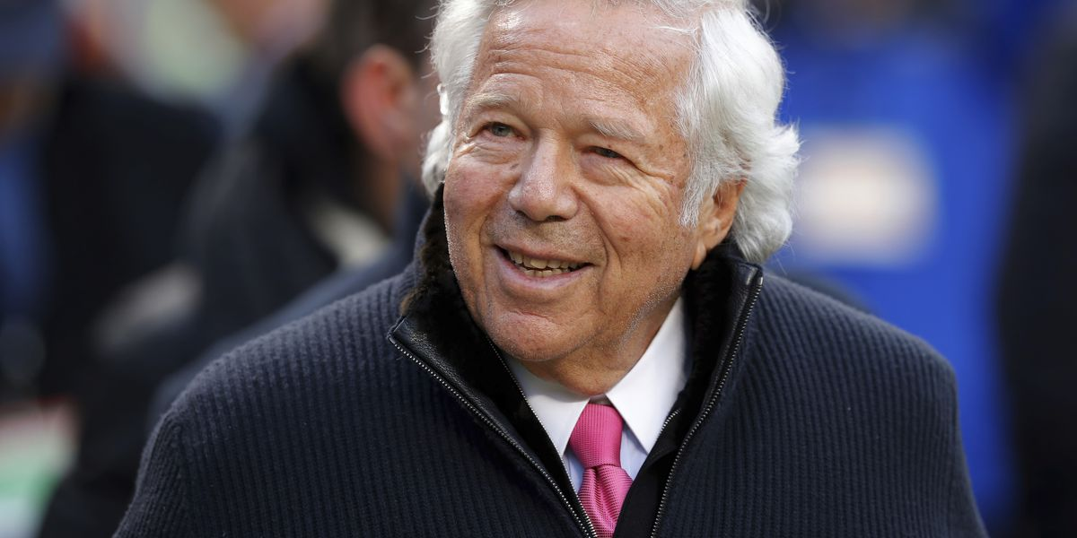 Police: Patriots owner Robert Kraft facing charges of soliciting prostitution in Florida