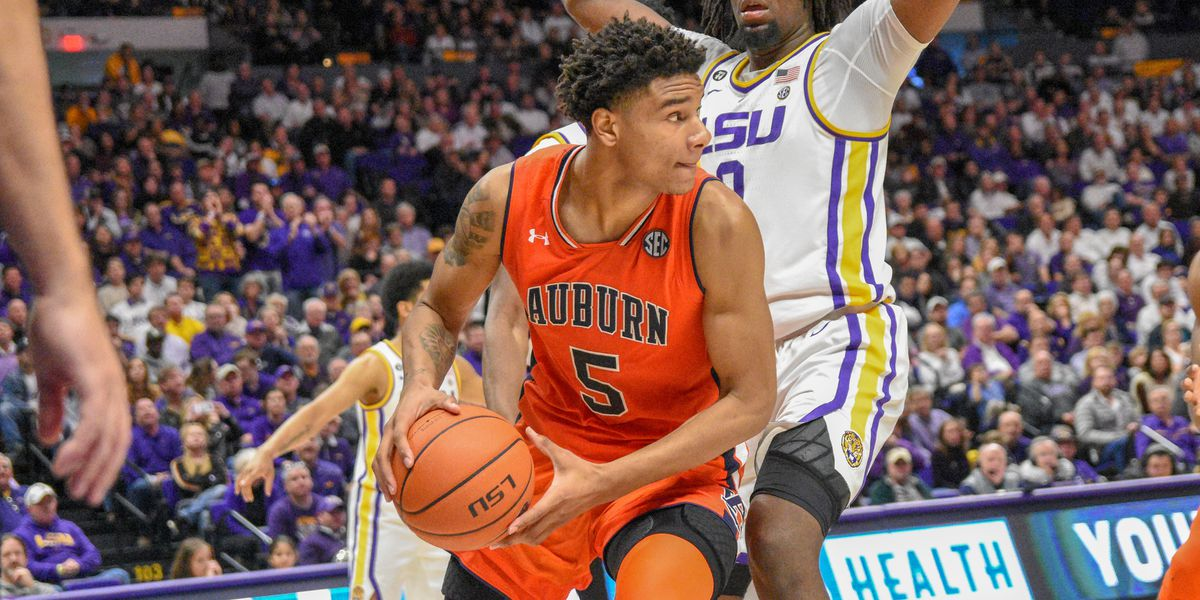 Chuma Okeke out for season with torn ACL