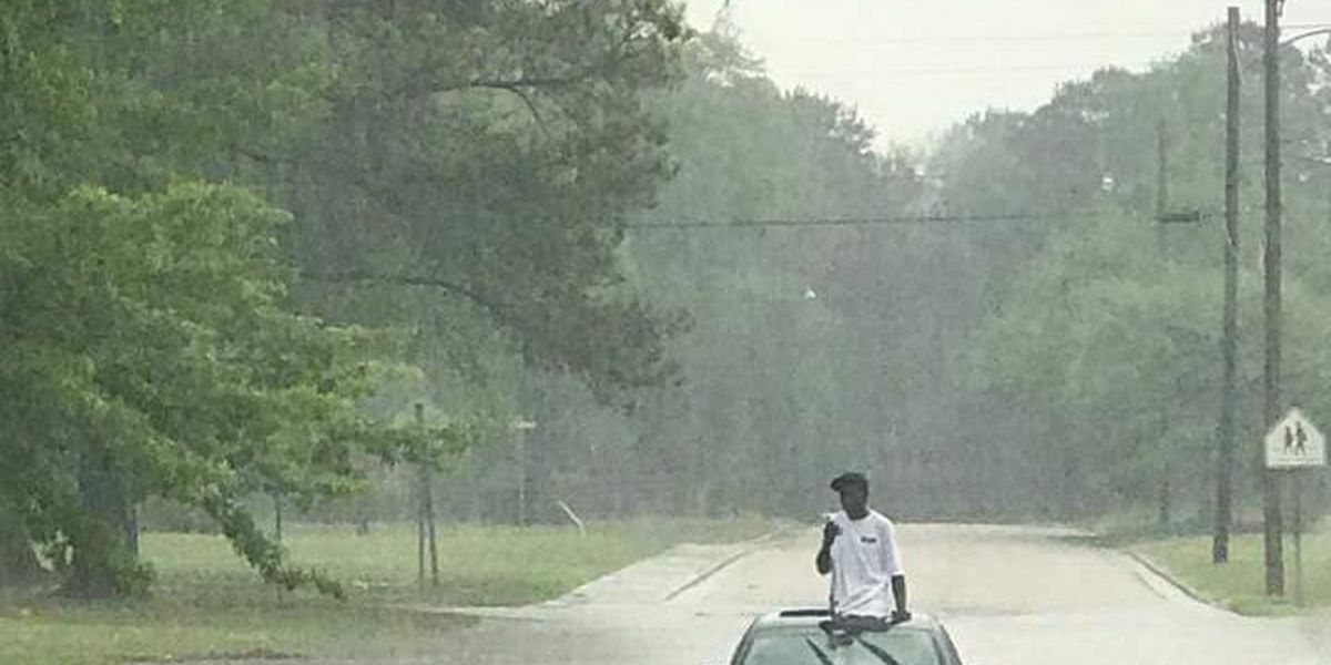 Flash flooding in Eufaula, police urge residents to stay indoors