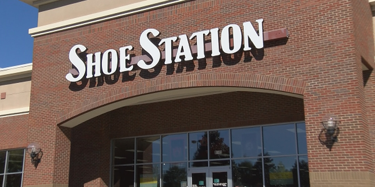 Shoe Station holding tornado relief fundraiser to benefit Lee County