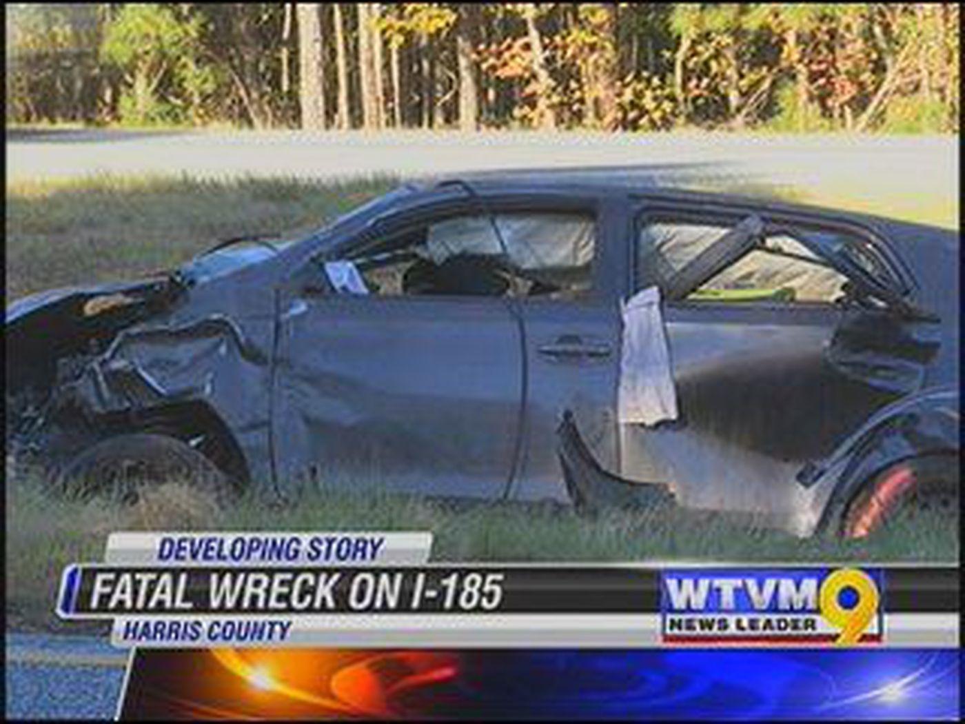 One killed, 4 injured in single-car crash on I-185 in Harris County