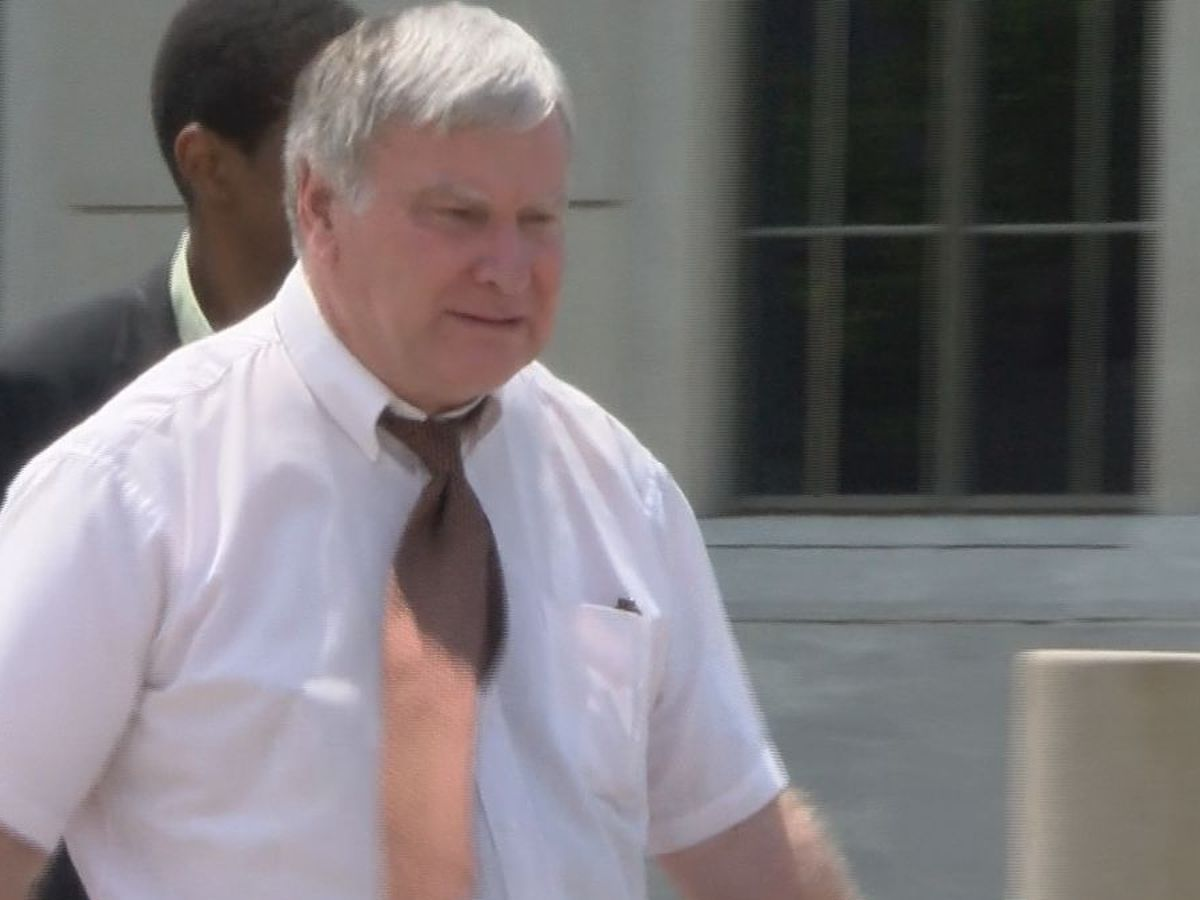 Case against Lee County psychiatrist charged in pill mill investigation expands