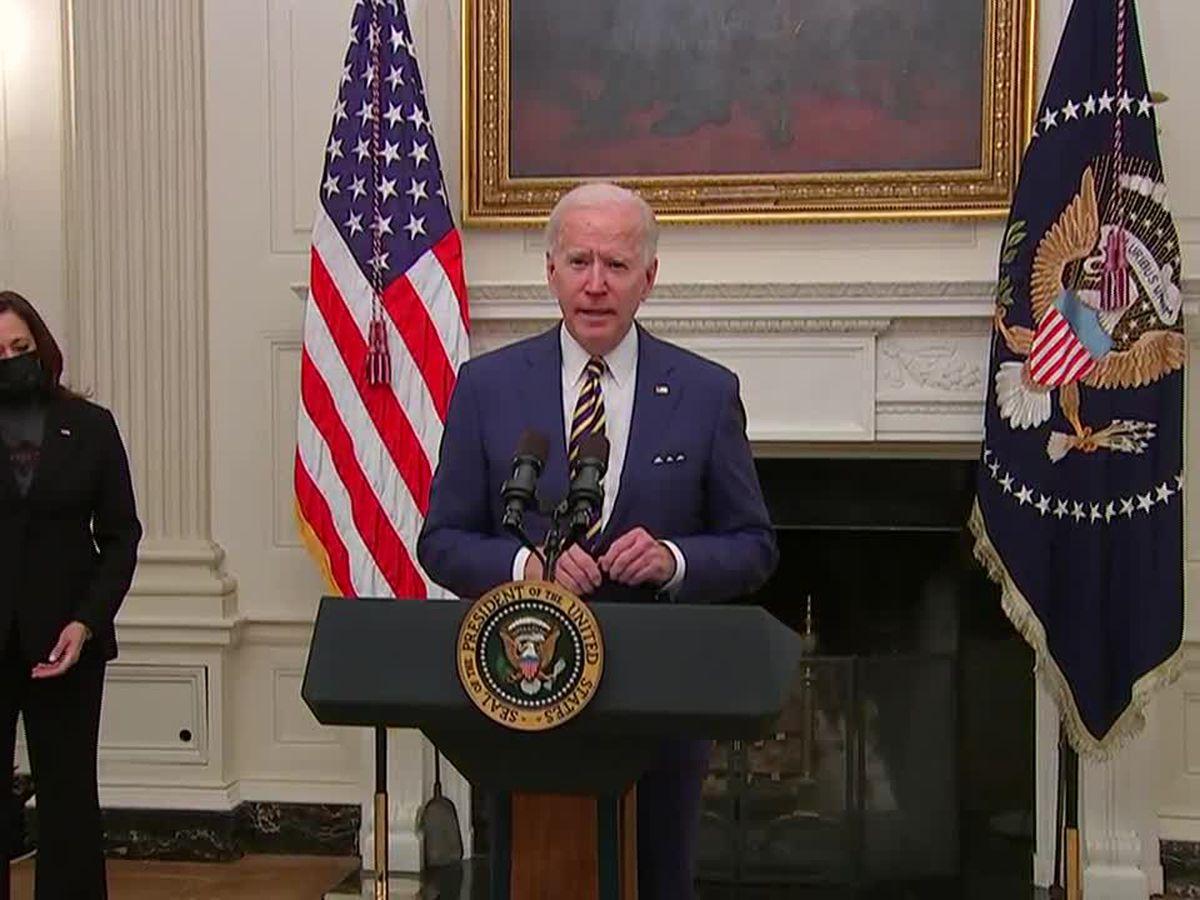 Amid stimulus talks, Biden signs order to help factories