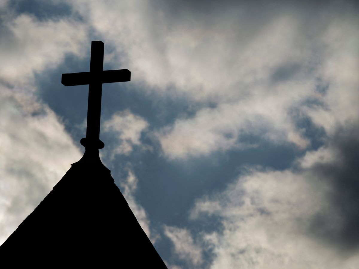 Minn. church says it never asked older church members to leave
