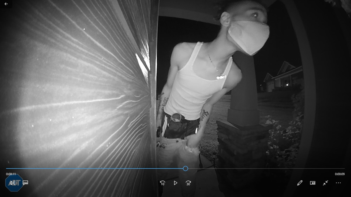 Opelika police searching for suspect accused of breaking into cars