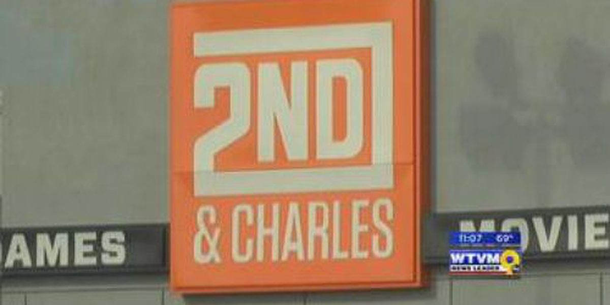 "Shop 2ND & Charles holds ""soft opening"" Thursday"