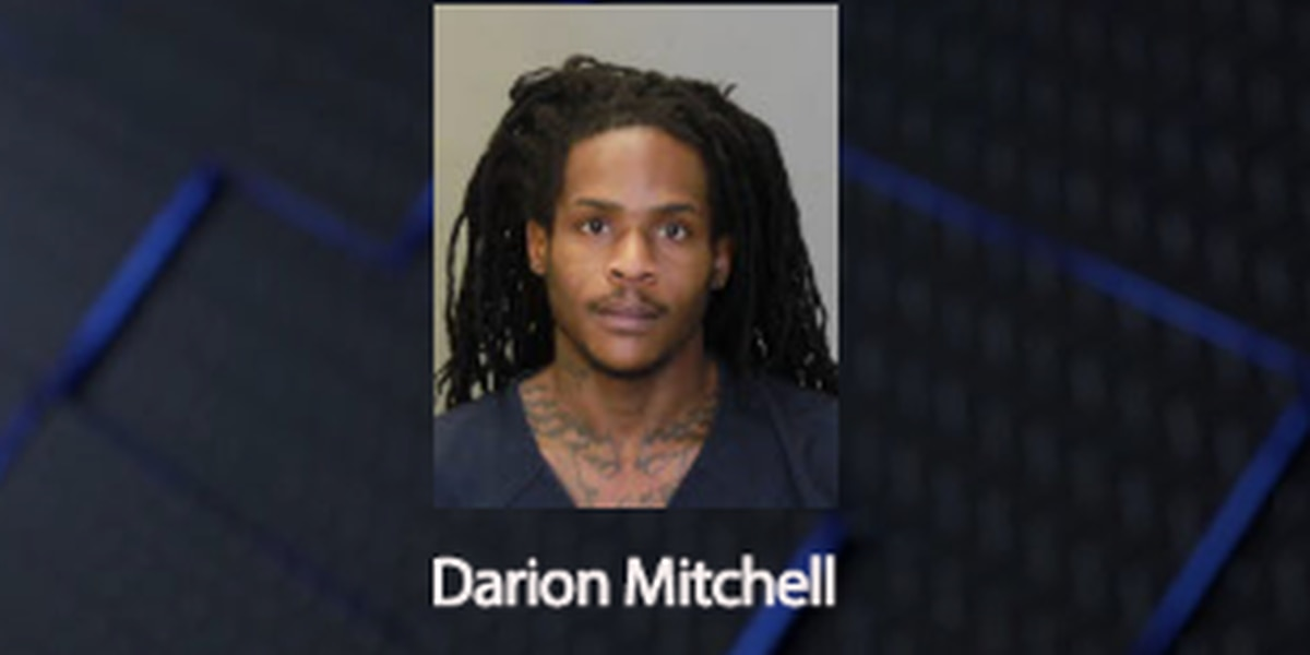 Man charged with vehicular homicide after 2 people died in JR Allen crash