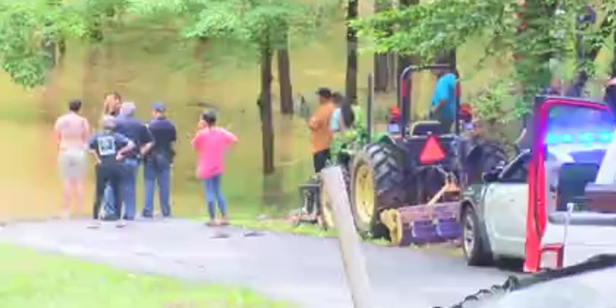 Man rescued from Standing Boy Creek in Columbus