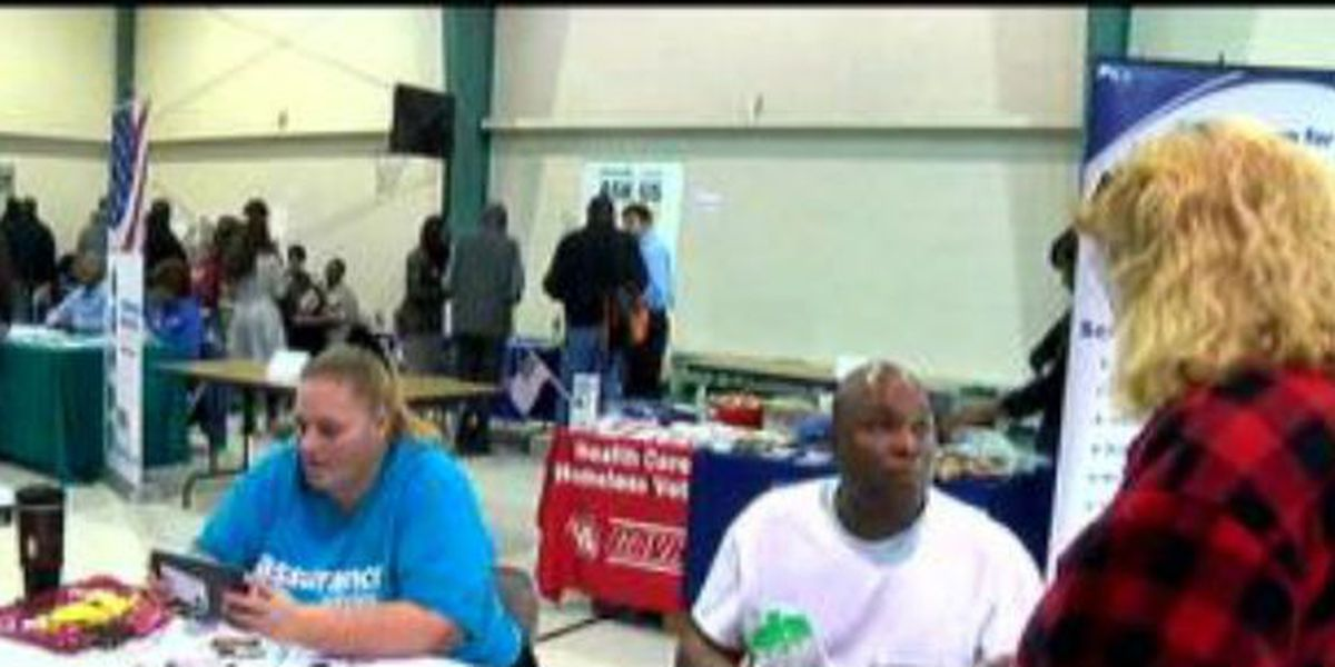 Organizations help the homeless get back on their feet