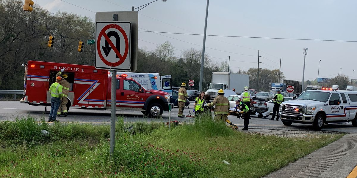 First responders on the scene of 3-vehicle accident on Hwy. 280 in Phenix City