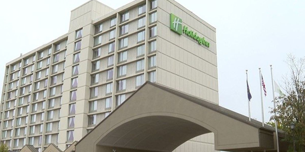 VERIFY: Man's viral post about plans to live at Holiday Inn first published in 2004