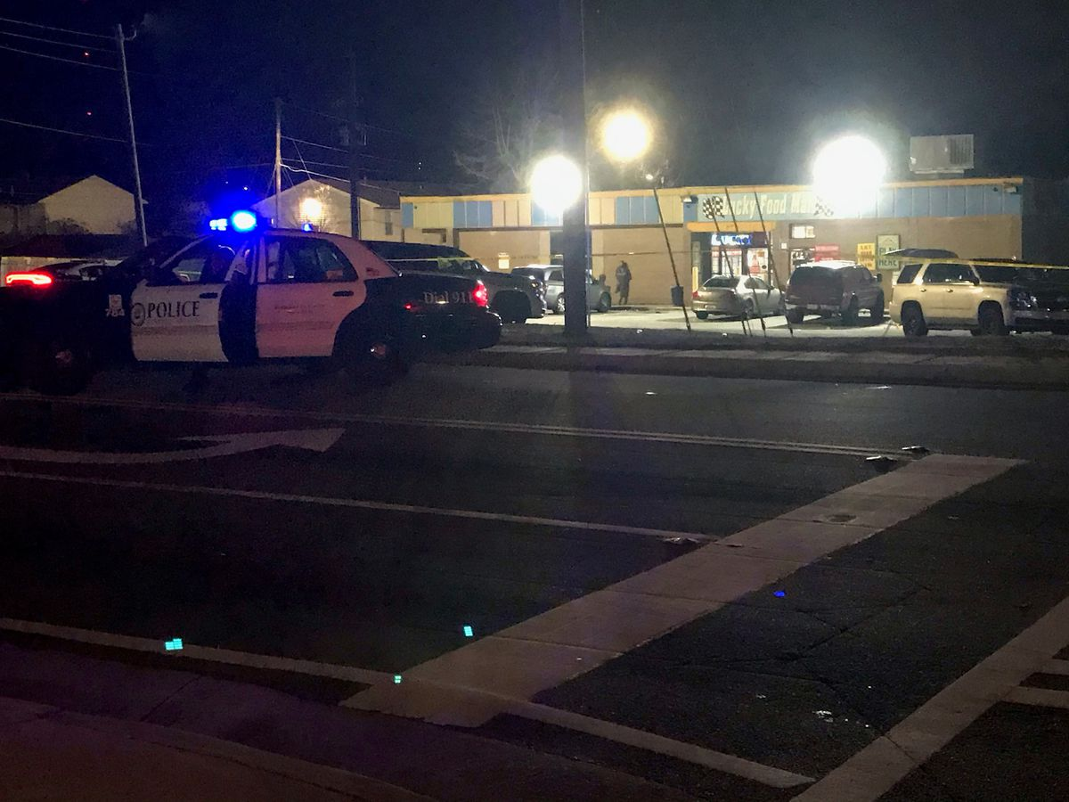 UPDATE: One person injured in shooting outside convenience store on Floyd Rd. in Columbus