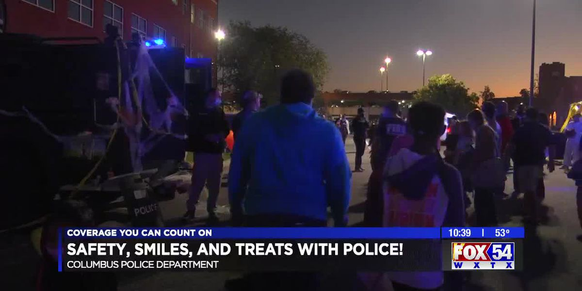 Columbus Police Department hosts Safety, Smiles, and Treats with Police event for kids