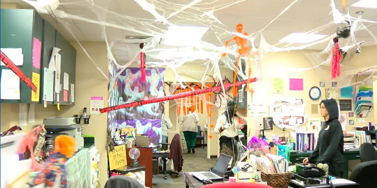 Columbus doctor's office gets spooky for Halloween