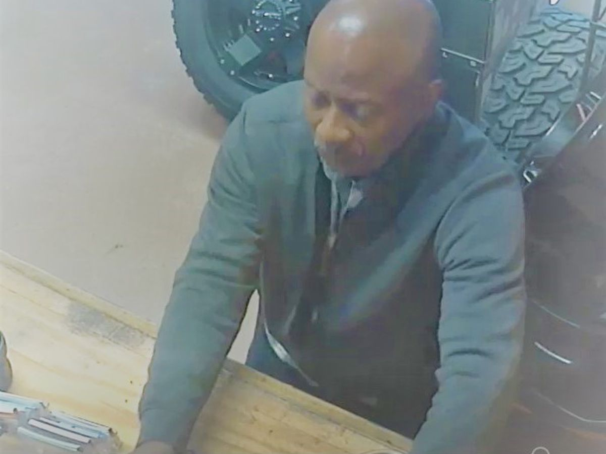 Suspect wanted for theft at a business in Opelika