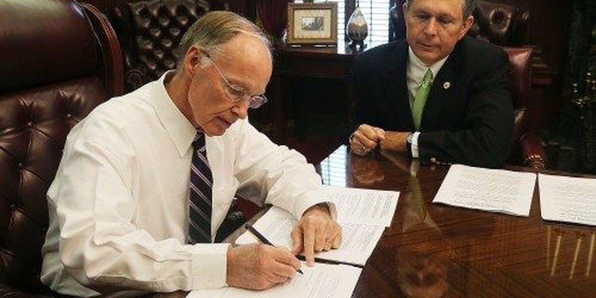 WATCH: Gov. Bentley, AG Strange announce multi-billion dollar settlement in BP oil spill