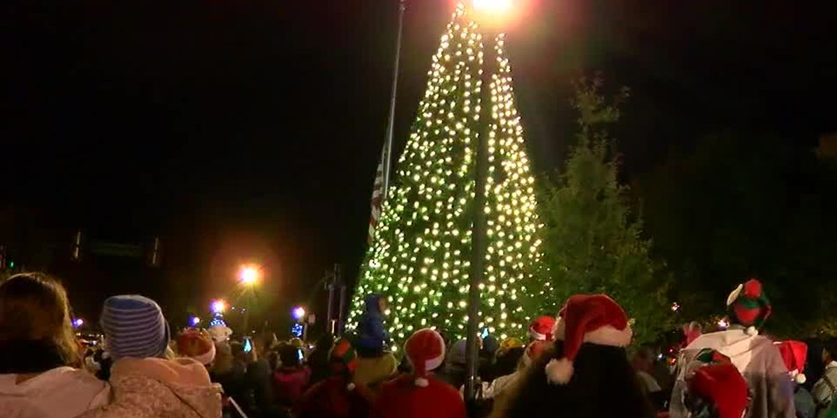 Uptown Columbus hosts annual parade and tree lighting event