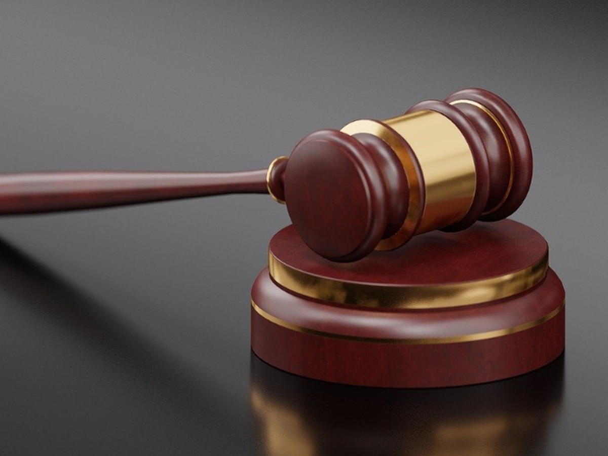 Albany tax preparer pleads guilty