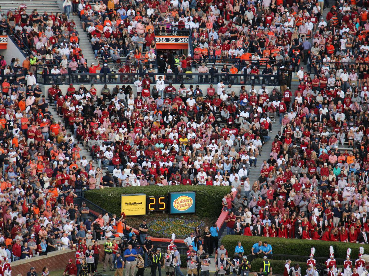 AU Dean adds one second to final exams in honor of Iron Bowl victory