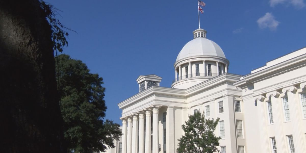 Alabama equal pay bill heads to governor's desk
