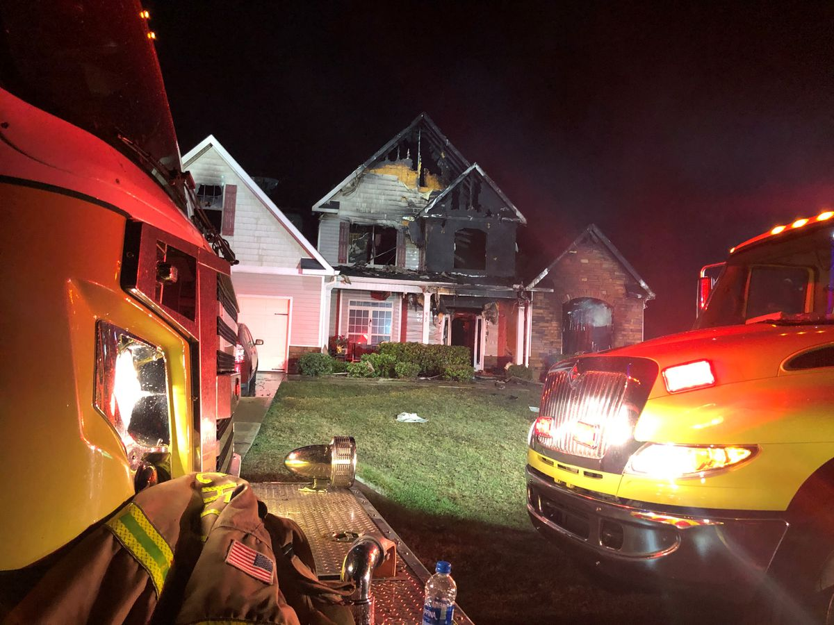 Neighbor brings Ft. Mitchell woman a ladder to escape her burning home