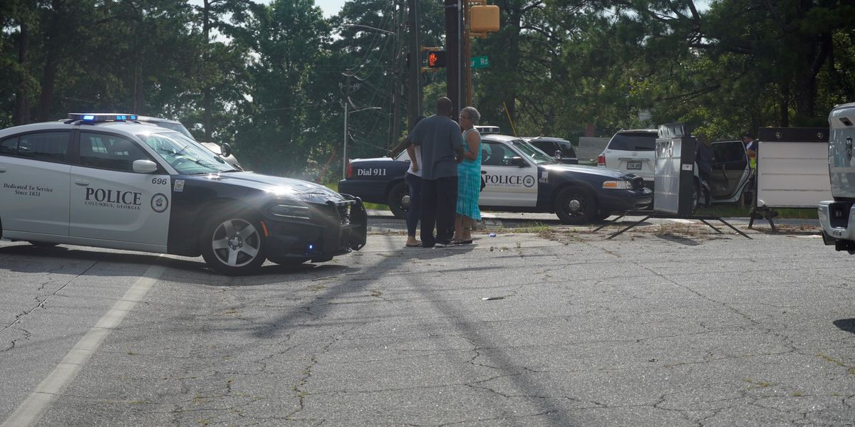 TRAFFIC ALERT: Intersection of Armour Rd. and W. Britt David Rd. in Columbus blocked following accident