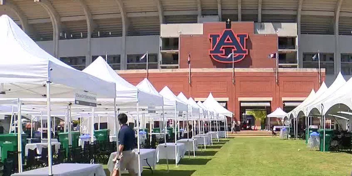 'The Tailgate Guys' set up hundreds of tents ahead of AU home opener