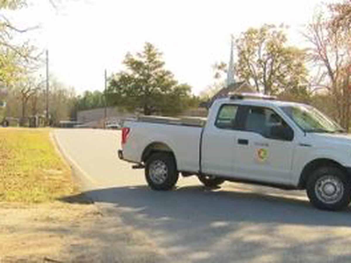 Natural gas leak closes part of Highway 80 in Crawford, Ala.