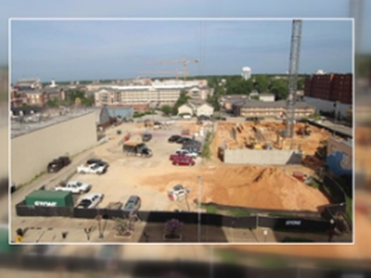 Construction of new parking deck underway in downtown Auburn