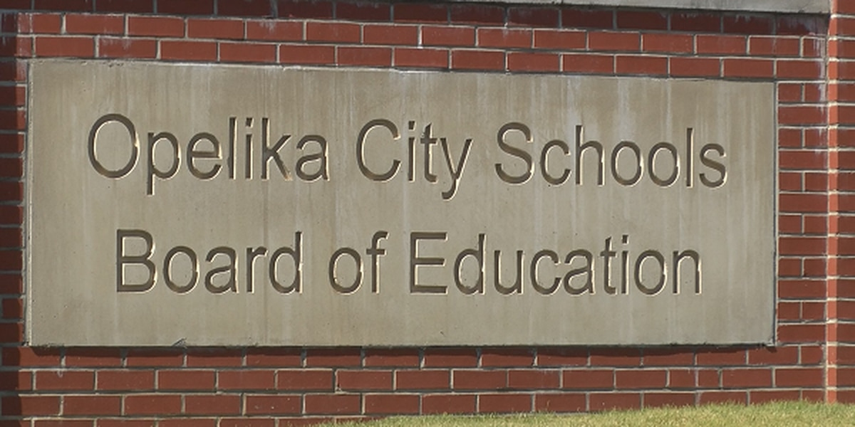 Opelika High pre-game prayer changes causing controversy