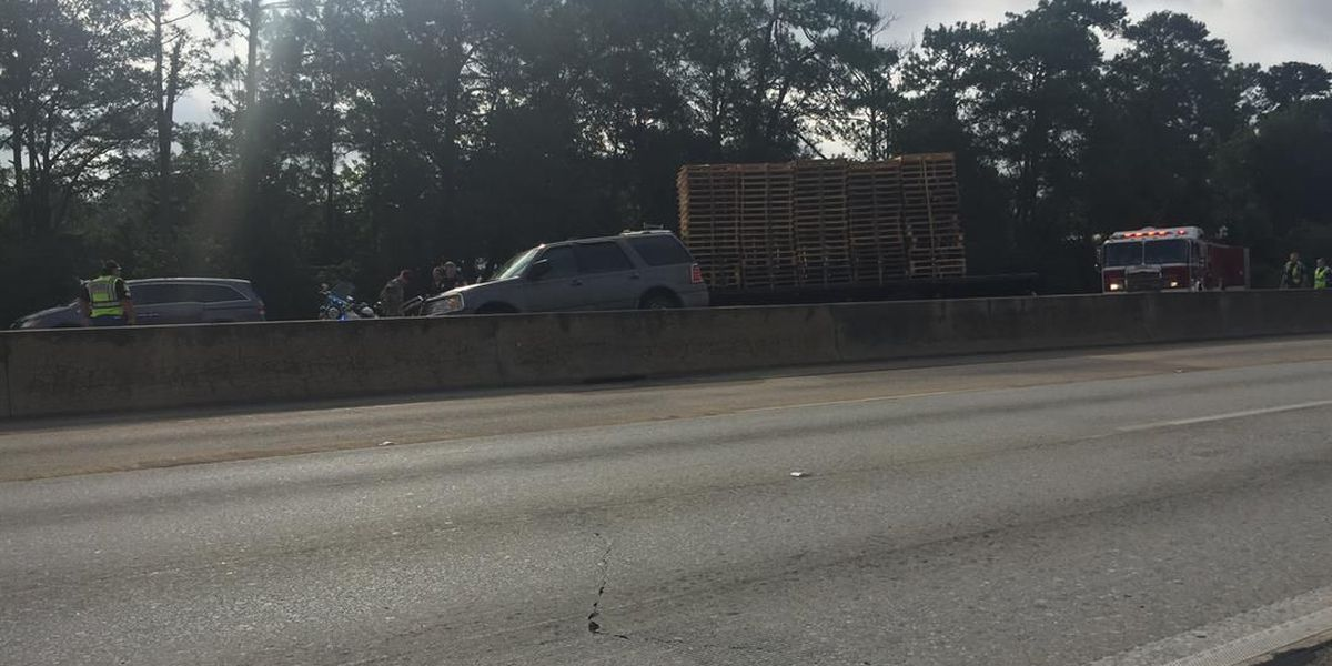 TRAFFIC ALERT: 2 lanes blocked off near Macon Rd. exit following accident