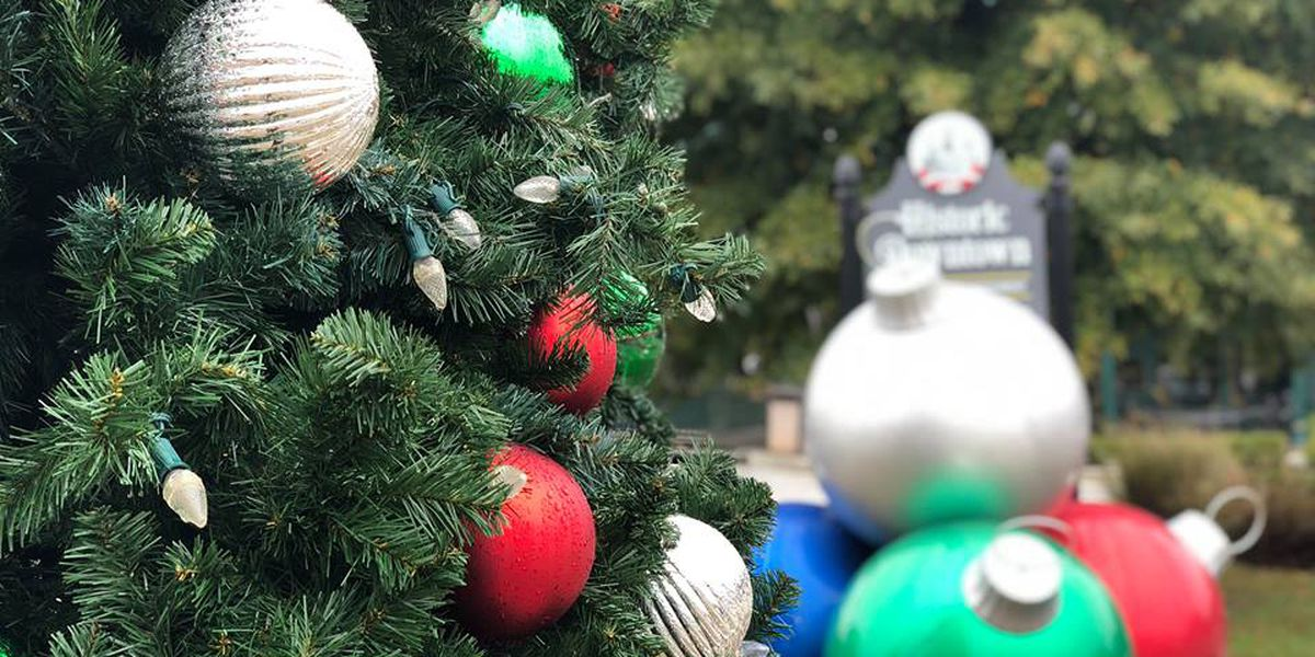 Downtown Opelika decks the halls for Christmas