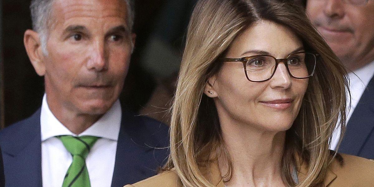 Judge denies bid to dismiss charges against Lori Loughlin