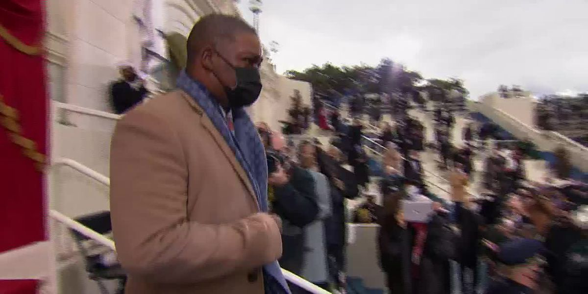 Officer who diverted rioters escorts Harris at inauguration