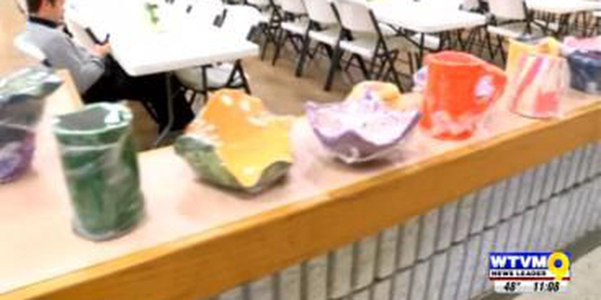 Columbus school kids make bowls to fight hunger