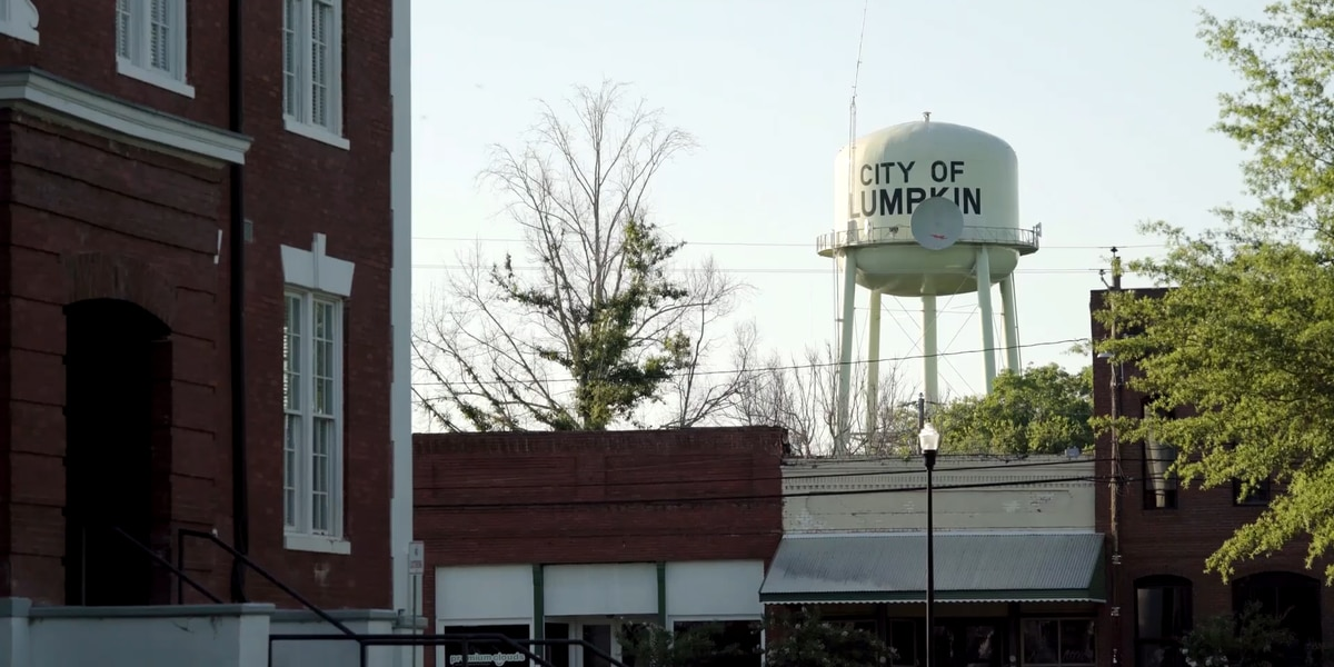 Documentary crew immortalizes Lumpkin, GA and ICE Detention Center