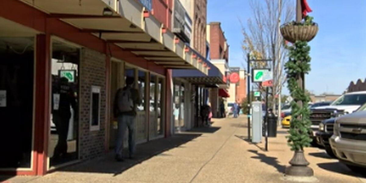 Auburn businesses preparing for Blue Friday