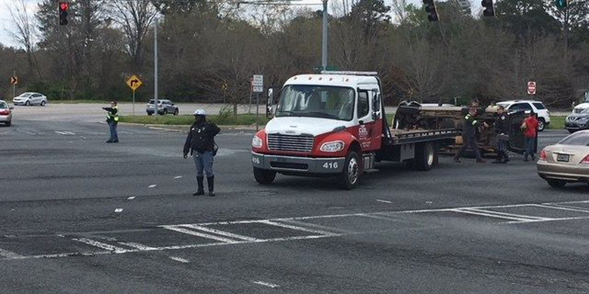 TRAFFIC ALERT: Traffic being diverted following accident on Manchester Expressway