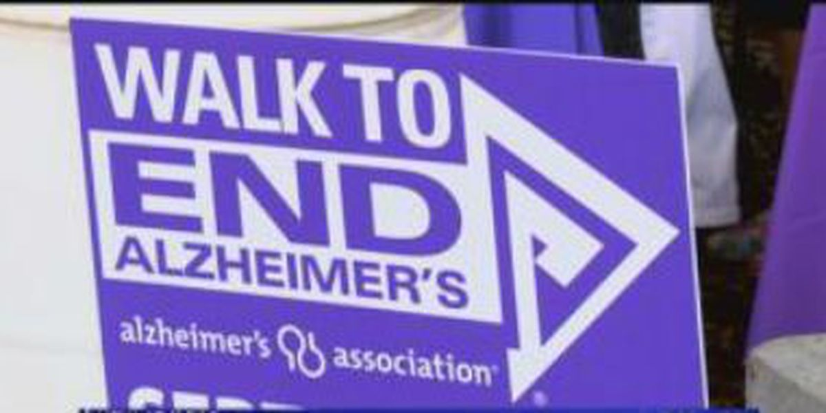 Hundreds walk in Columbus to help end Alzheimer's