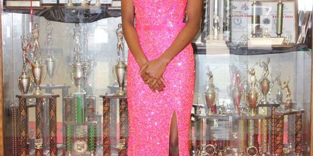 Callaway High School senior wins school pageant and gets full ride to UA