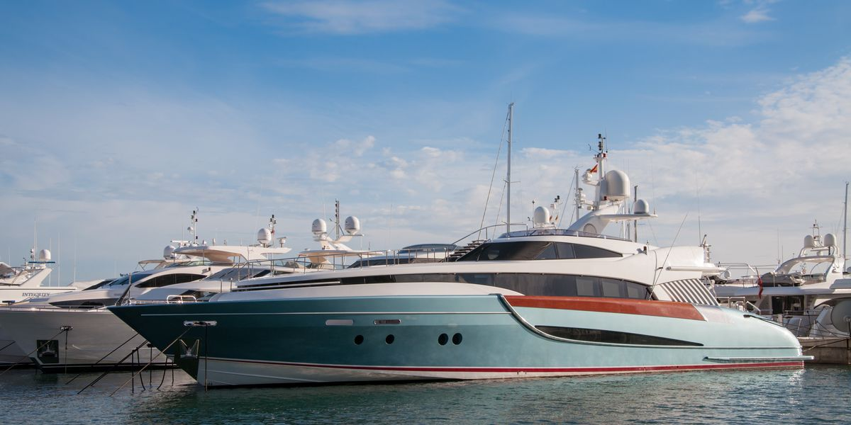 Get paid to live on a luxury yacht: How does $1,300 a week sound?
