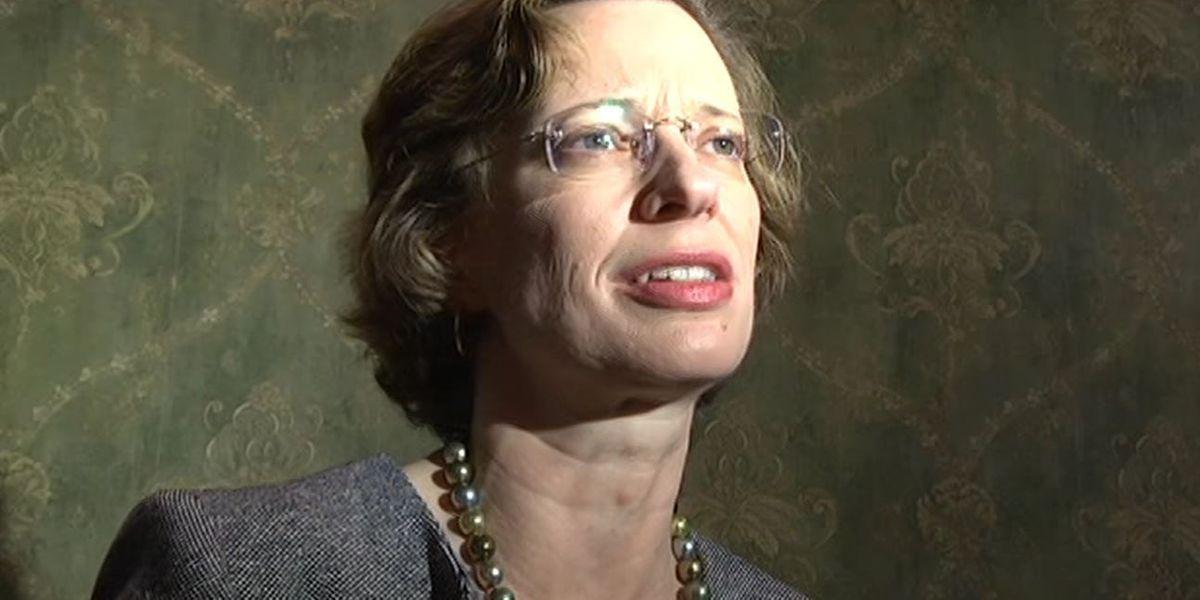 U.S. Senate candidate Michelle Nunn visits Columbus