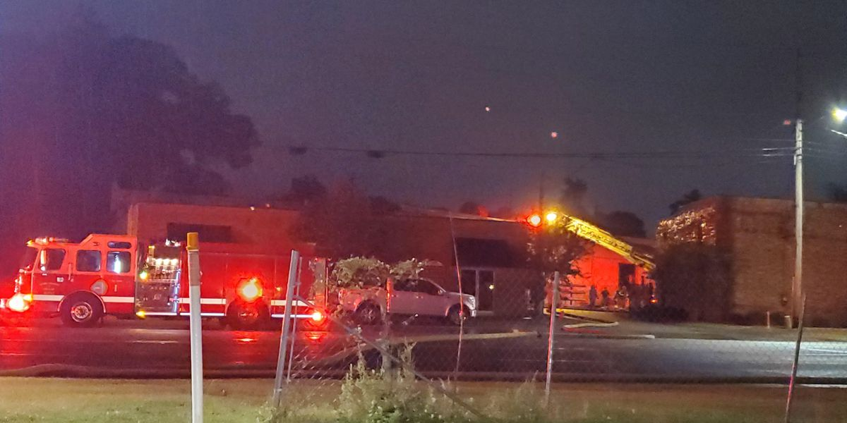 Columbus fire crews respond to structure fire on 5th Ave.