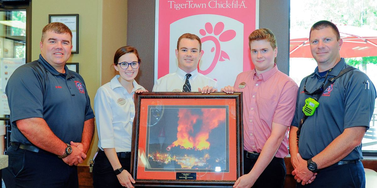 Opelika Fire Fighters recognizes TigerTown Chick-fil-A for their community support