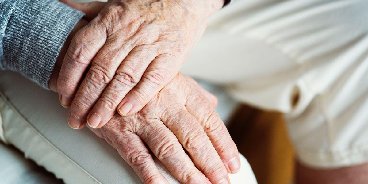 Alabama nursing homes must temporarily stop visitations