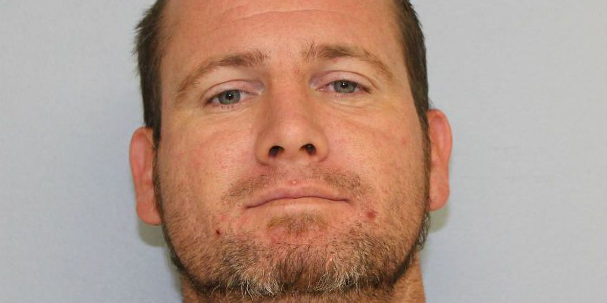 Auburn man charged with stealing more than $4,000 worth of alcohol