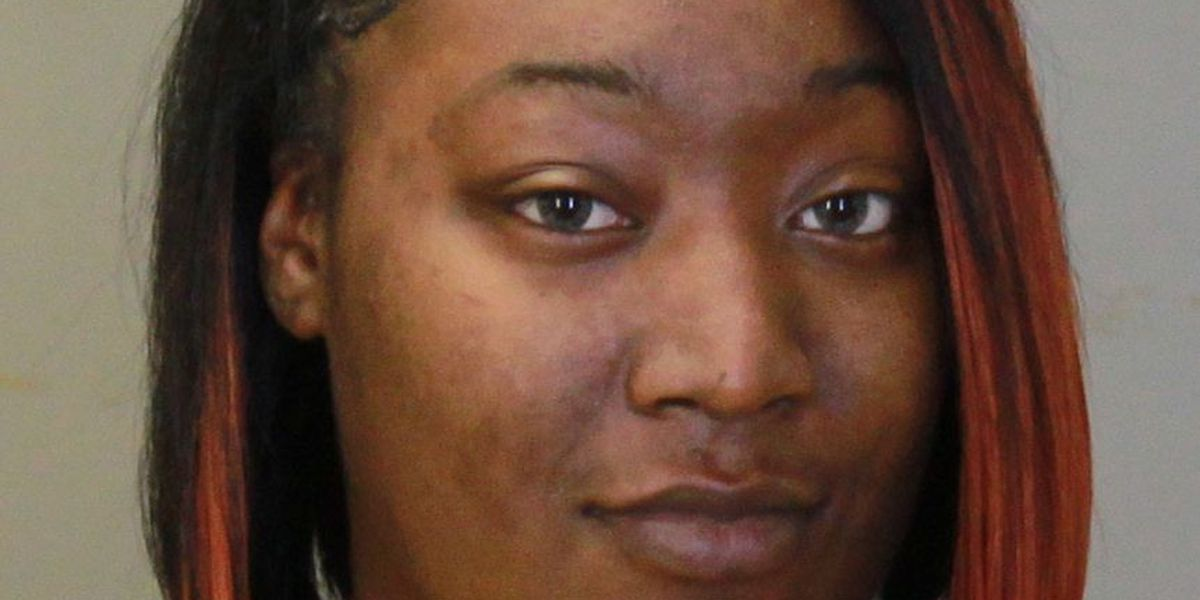Columbus police looking woman accused of assaulting an officer