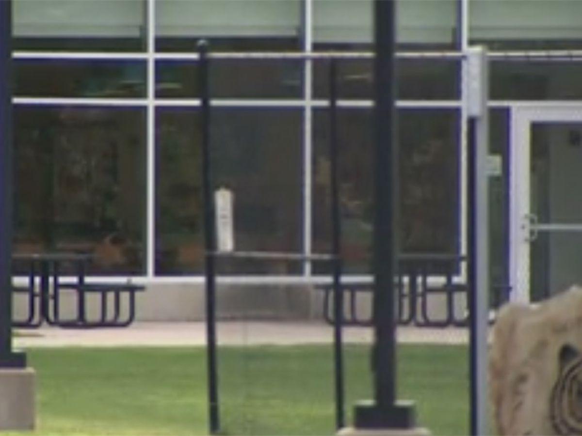Schools mull outdoor classes amid virus, ventilation worries