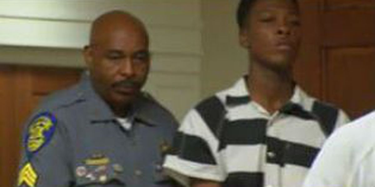 Teen accused of killing girlfriend appears at court in Russell County