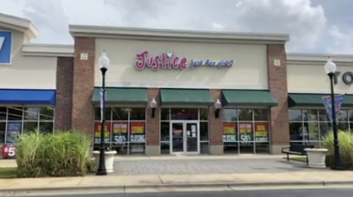 Justice clothing store in Columbus closing amid pandemic